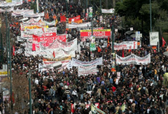 grece manif 2.png